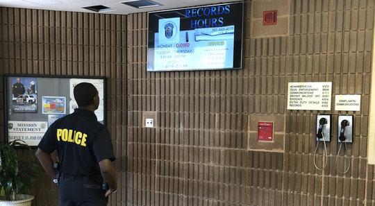 police-officer-lobby